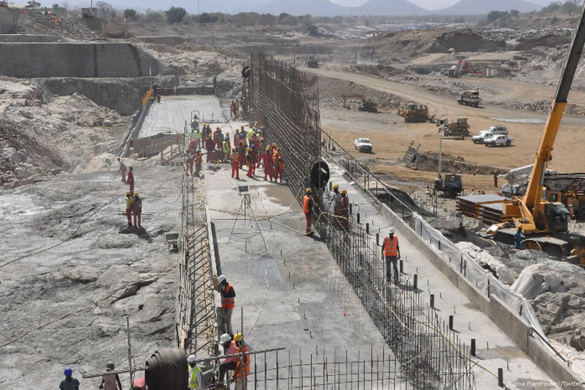 Construction work on the Renaissance Dam in Ethiopia on 21 August 2015 [Sigma PlantFinder/Twitter]