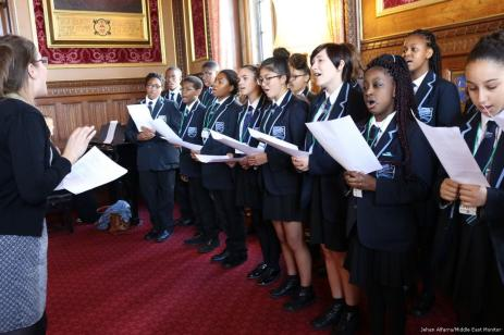 School children sing at the Singing for Syrians in the House of Commons on 13 September 2017 [Jehan Alfarra/Middle East Monitor]