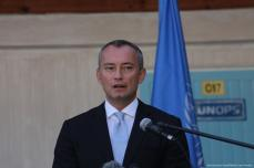 UN Special Coordinator for the Middle East Peace Process, Nikolai Mladenov attends a press conference in Gaza on 25 September 2017 [Mohammed Asad/Middle East Monitor]