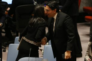 Israeli Ambassador to the UN Danny Danon (R) greets US Ambassador to the UN Nikki Haley (L) after the UN Security Council meeting in New York, US on 18 December 2017 [Mohammed Elshamy/Anadolu Agency]