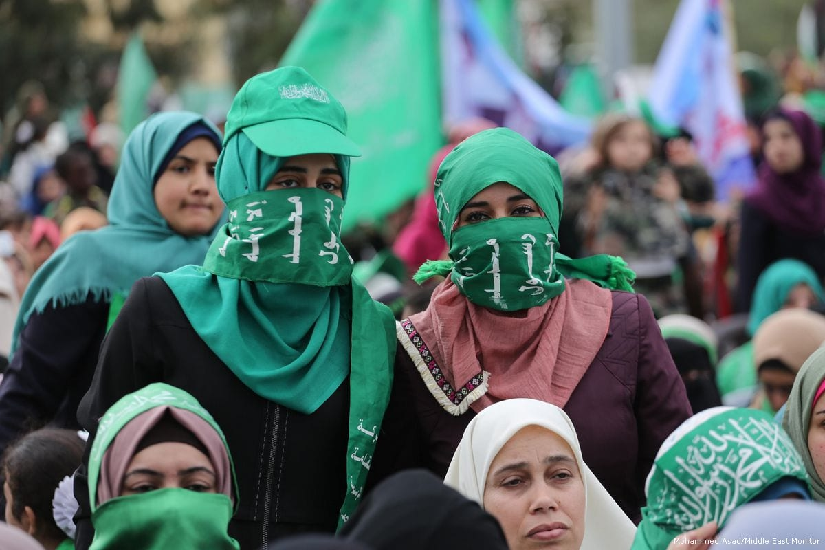 https://www.middleeastmonitor.com/wp-content/uploads/2017/12/2017_12-14-Hamas-hold-a-rally-in-the-besieged-Gaza-Strip3.jpg