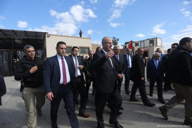 Palestinian Prime Minister, Rami Hamdallah, arrives in Gaza to attend a press conference in regards to the US officially calling Jerusalem as the capital of Israel on 7 December 2017 [Mohammed Asad/Middle East Monitor]
