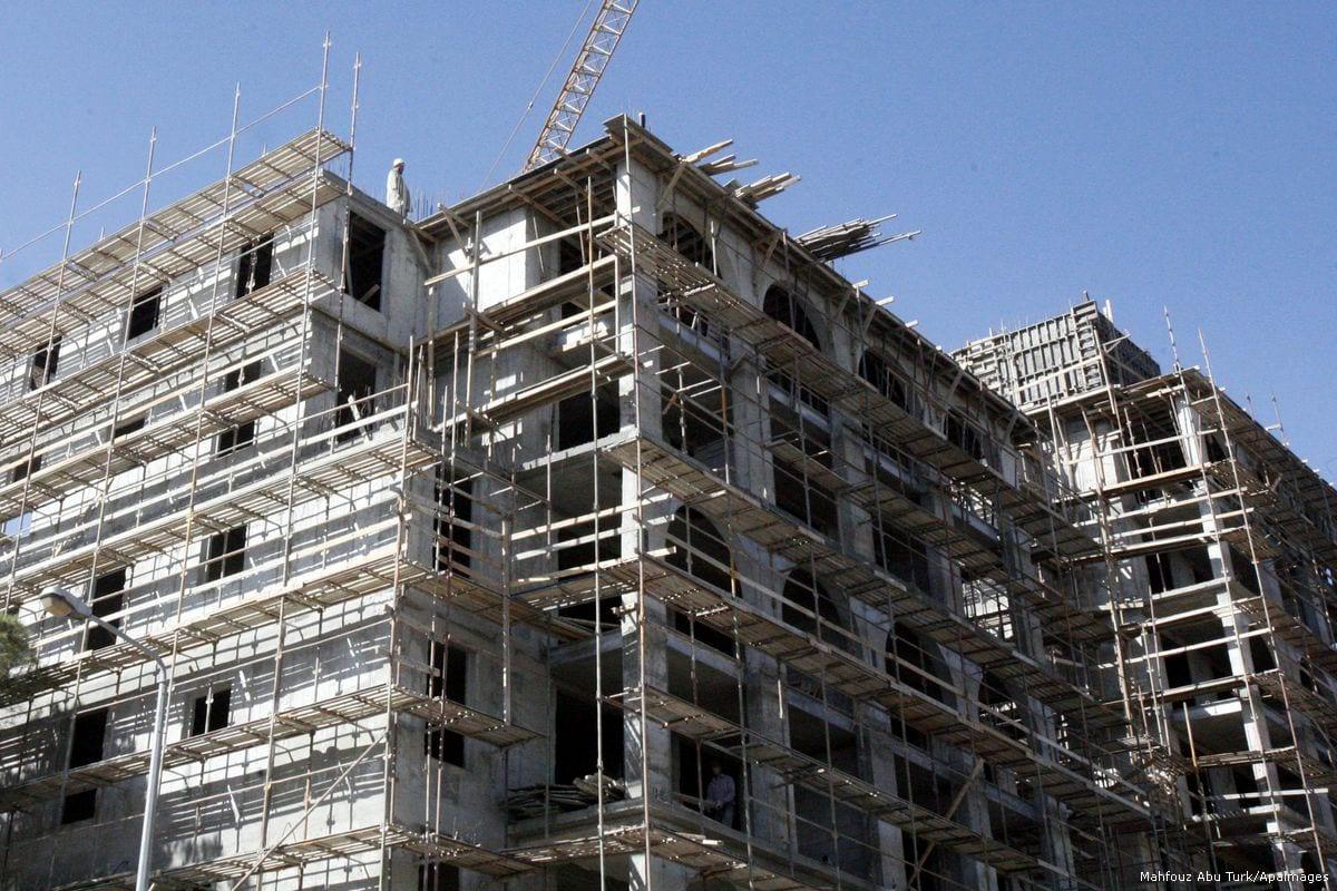 Construction work on Jewish settlement in Jerusalem [Mahfouz Abu Turk/Apaimages]