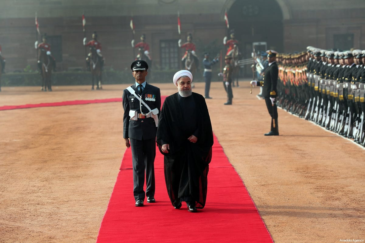 Iranian President Hassan Rouhani (R) inspect the honor guard during an official welcoming ceremony in New Delhi, India on February 17, 2018 [Iranian Presidency / Handout / Anadolu Agency]