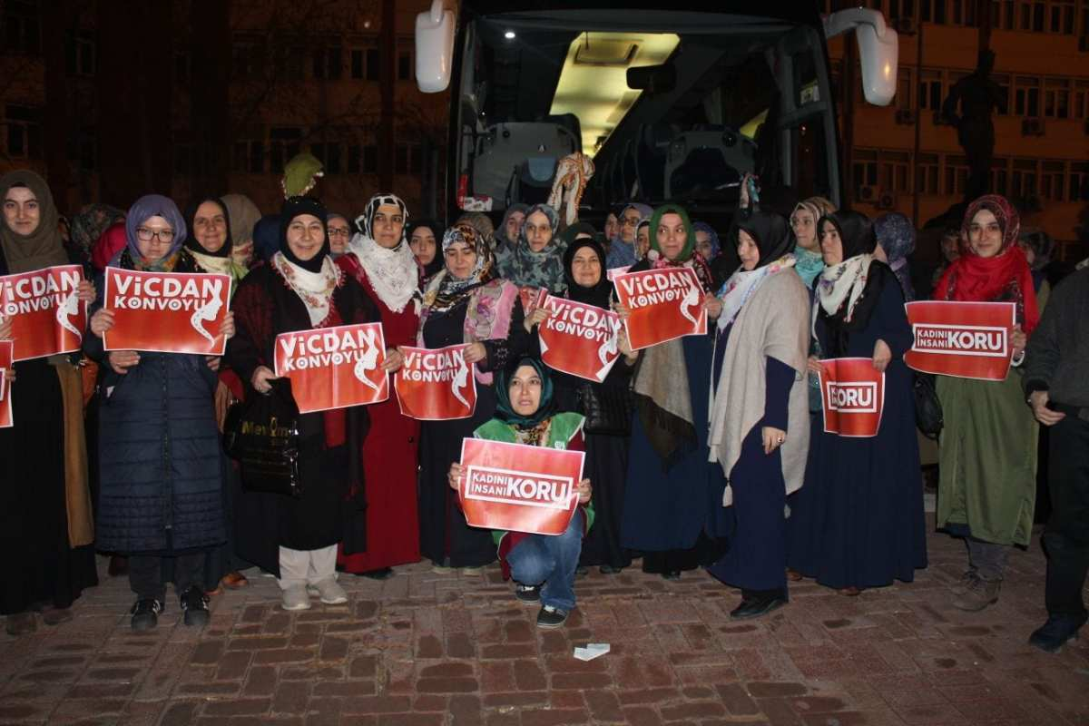 The Conscience Convoy in Istanbul, Turkey on March 1, 2018 [Yvonne Ridley/Middle East Monitor]