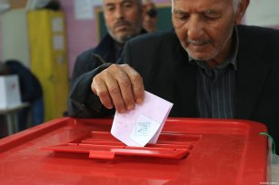 A man casts his vote at a polling station during Tunisian local elections, which was held first time after 2011 Arab Spring revolution, in Ben Arous, Tunisia on May 06, 2018. ( Yassine Gaidi - Anadolu Agency )