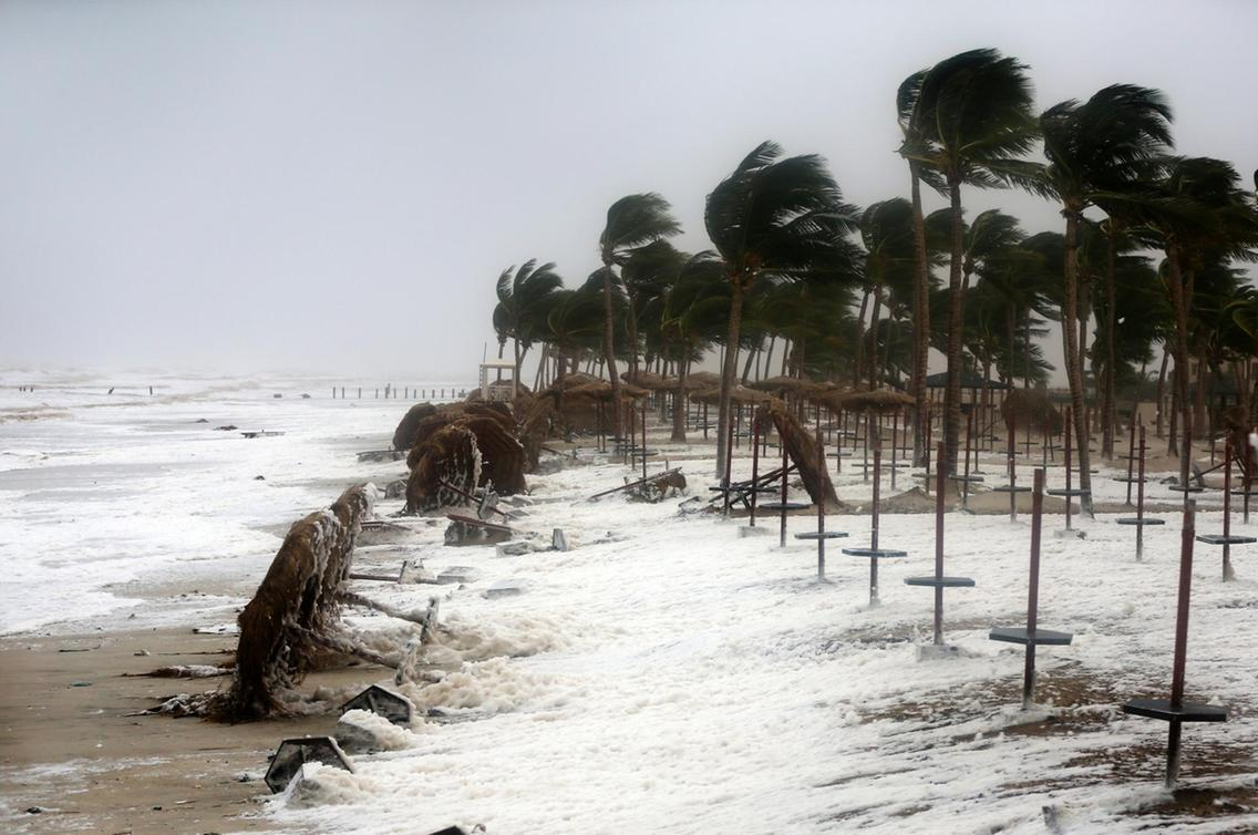 middle eastern singles in cyclone Powerful cyclone in oman and yemen dumped three years' rain in a single day, leaving six dead and 30 missing  news  world  middle east  cyclone mekunu caused flash flooding that.