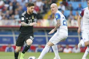 Lionel Messi (10) of Argentina in action against Emil Hallfredsson (20) of Iceland during the 2018 FIFA World Cup Russia Group D match between Argentina and Iceland at Spartak Stadium on June 16, 2018 in Moscow, Russia. ( Sefa Karacan - Anadolu Agency )