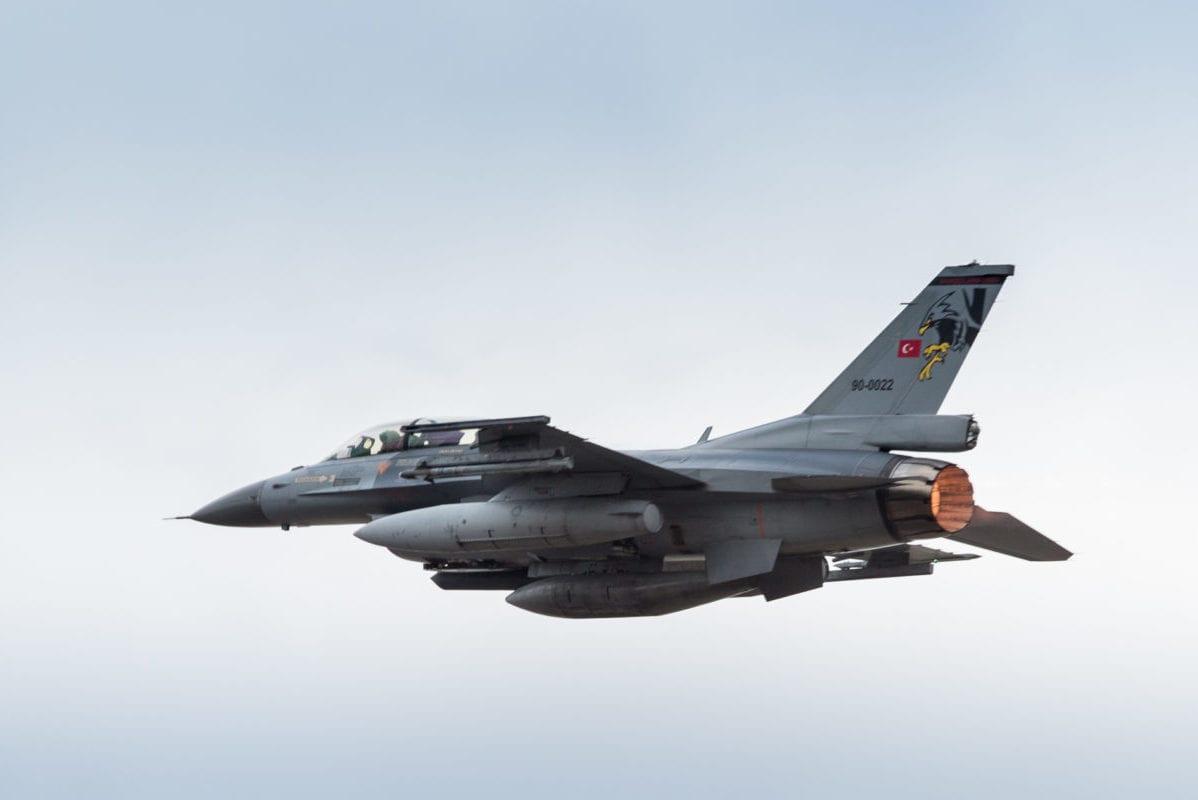 Turkish air strikes kill 15 Kurdish militants in Iraq and Turkey – Middle  East Monitor