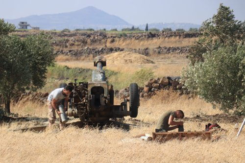 Syrian armed opposition groups make preparations ahead of their attack to Assad Regime forces from the opposition controlled Quneitra located at Israeli border, on 16 July, 2018 in Quneitra, Syria [Ammar Al Ali/Anadolu Agency]