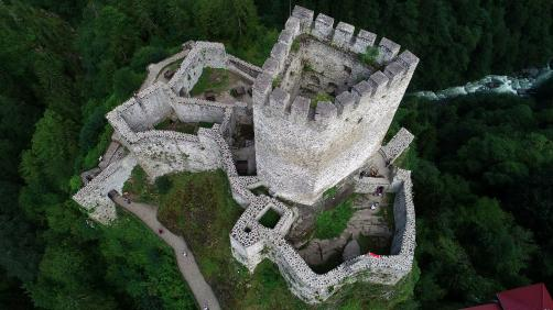 A drone photo shows the Zil Castle, located on the Cat Valley, in Camlihemsin district of Rize, Turkey on 18 July, 2018 [Hakan Burak Altunöz/Anadolu Agency]