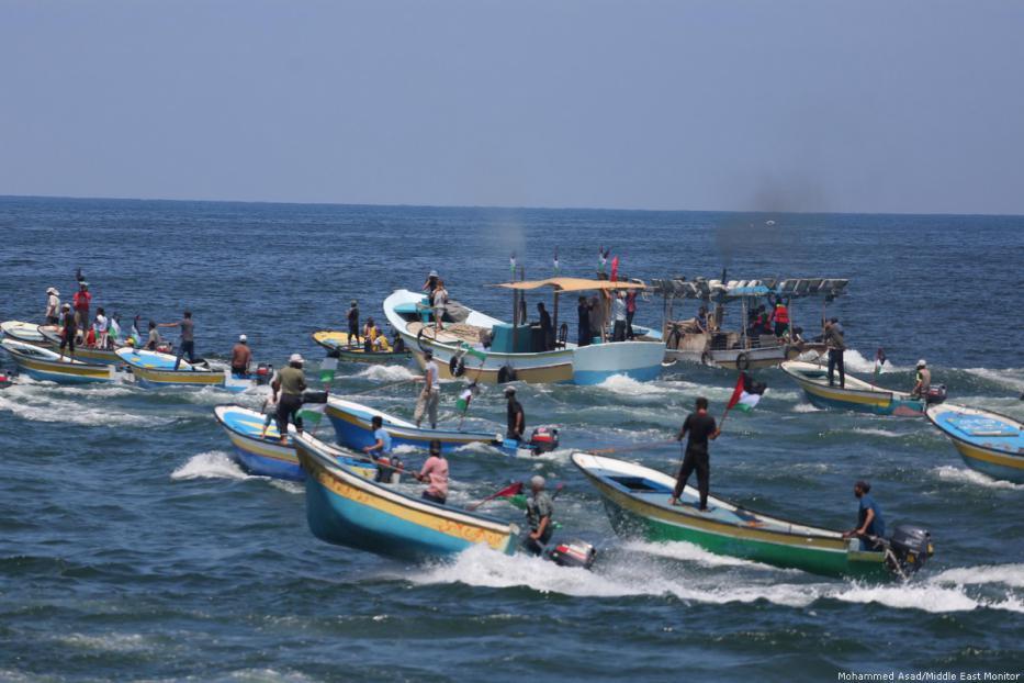Israeli navy intercepts humanitarian flotilla from Gaza