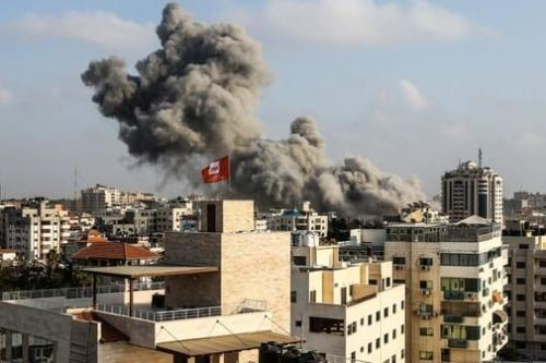 Gaza: Cease-fire holds after day of intense Israeli bombing