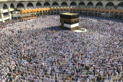 Qatar accuses Saudis of barring Hajj pilgrims, Riyadh says untrue