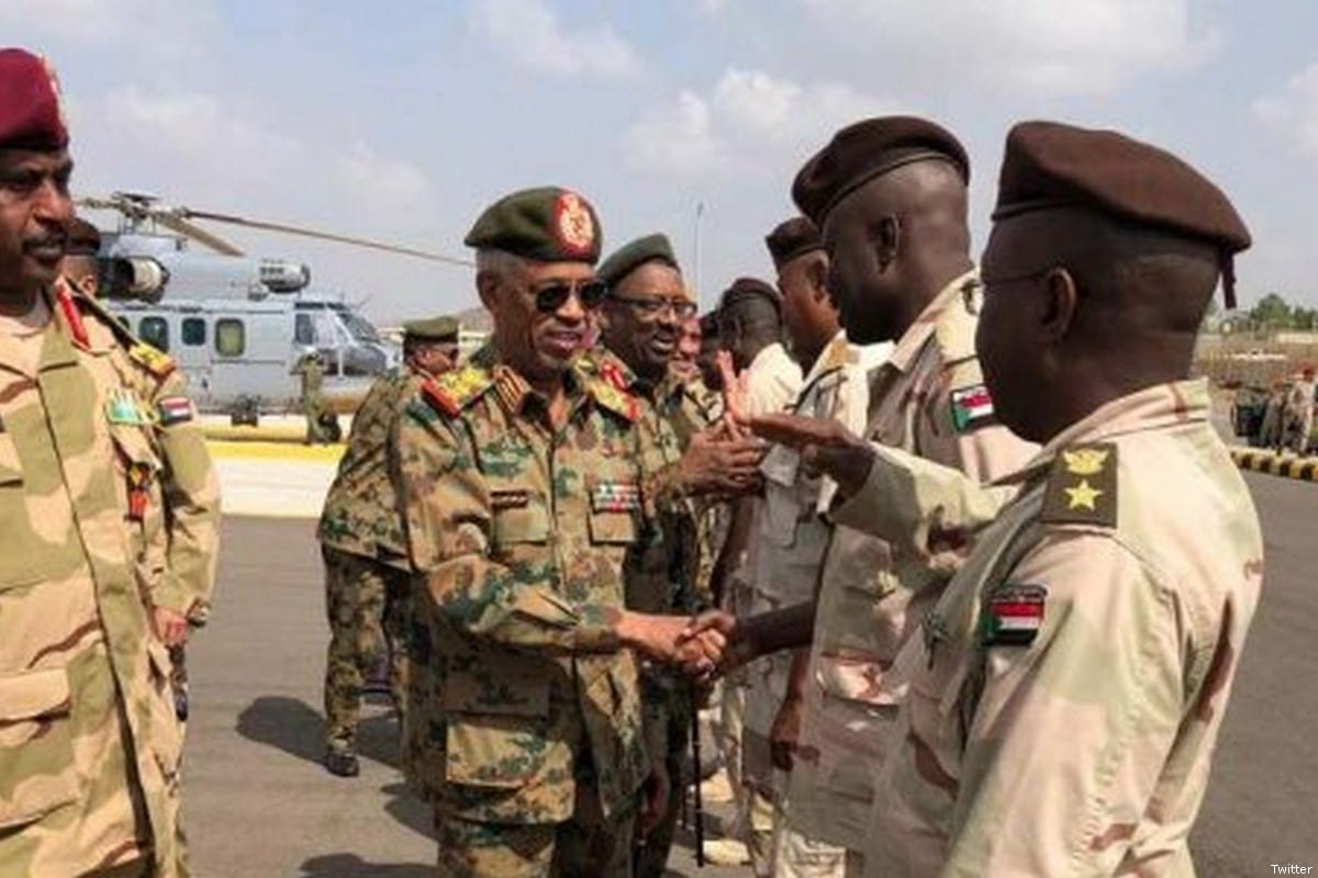 Sudanese Army's Chief of General Staff Kamal Abdel-Marouf (C) [Twitter]