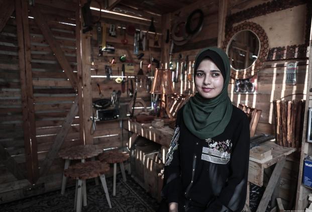 Hiba is 23, and a university graduate in Social Work. 29 October, Gaza City [Mustafa Hassona/Anadolu Agency]