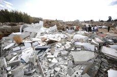 Wreckage of a building belonging to Palestinian Basma Al-Rajabi her husband Muhammed Al-Rajabi is seen after Israeli forces demolished their house with the claim of being unlicensed in Beit Hanina town of Old City, East Jerusalem on 6 November, 2018 [Mostafa Alkharouf/Anadolu Agency]