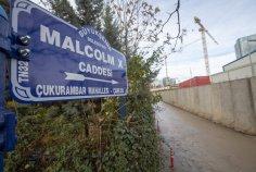 Ankara Metropolitan Municipality workers change the road sign to 'Malcolm X Avenue' where the new US embassy is being built in Ankara, Turkey on November 29, 2018. ( Aytaç Ünal - Anadolu Agency )