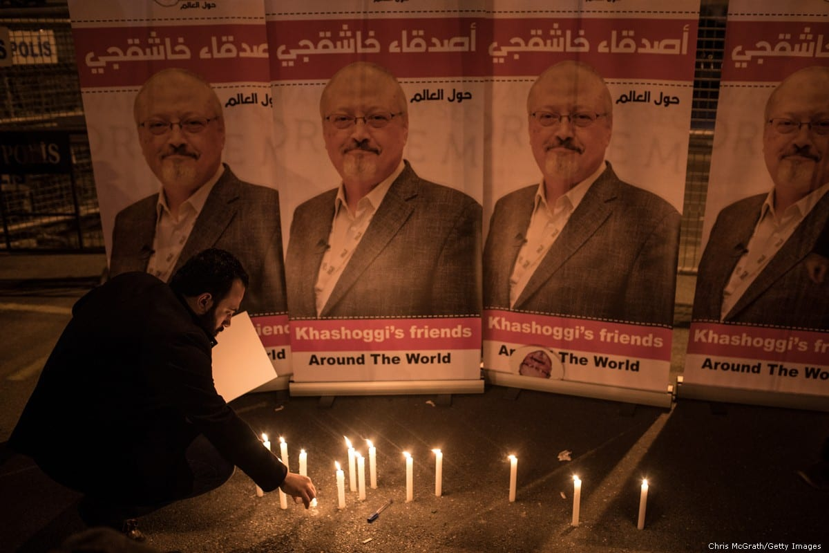 A candle light vigil to remember journalist Jamal Khashoggi outside the Saudi Arabia consulate on October 25, 2018 in Istanbul, Turkey [Chris McGrath/Getty Images]