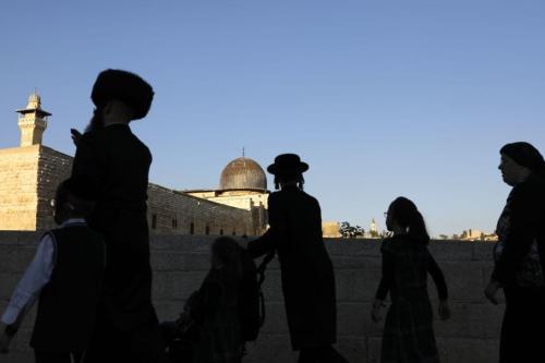 Israel settlers storm Al-Aqsa, call for demolishing it