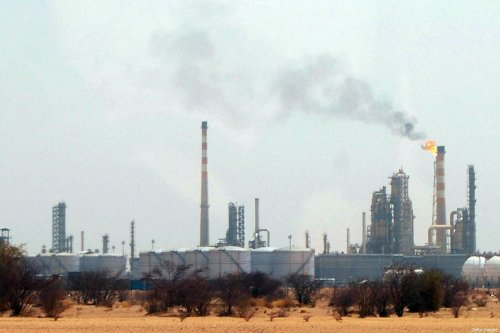 A general view shows one of the main oil refineries in Al-Geili, some 100 kms north of the Sudanese capital Khartoum on June 9, 2008 [Isam Al-Haj/AFP/Getty Images]