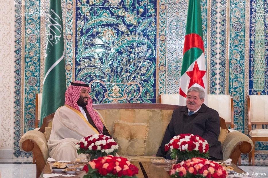 Saudi Crown Prince Mohammed bin Salman (L) and Algerian Prime Minister Ahmed Ouyahia (R) - Algeria - on December 2, 2018
