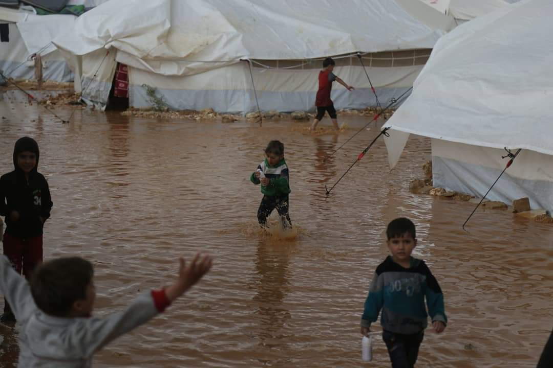 Floods in Syria's Idlib - [Ahmad Darweesh / Twitter]