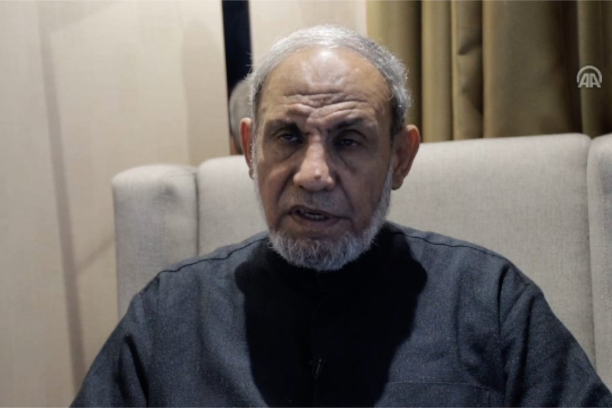 Member of Hamas' political bureau Mahmoud Al-Zahar announced that he is heading a Palestinian parliamentary delegation on a foreign tour aimed at mobilising support for the Palestinian people.