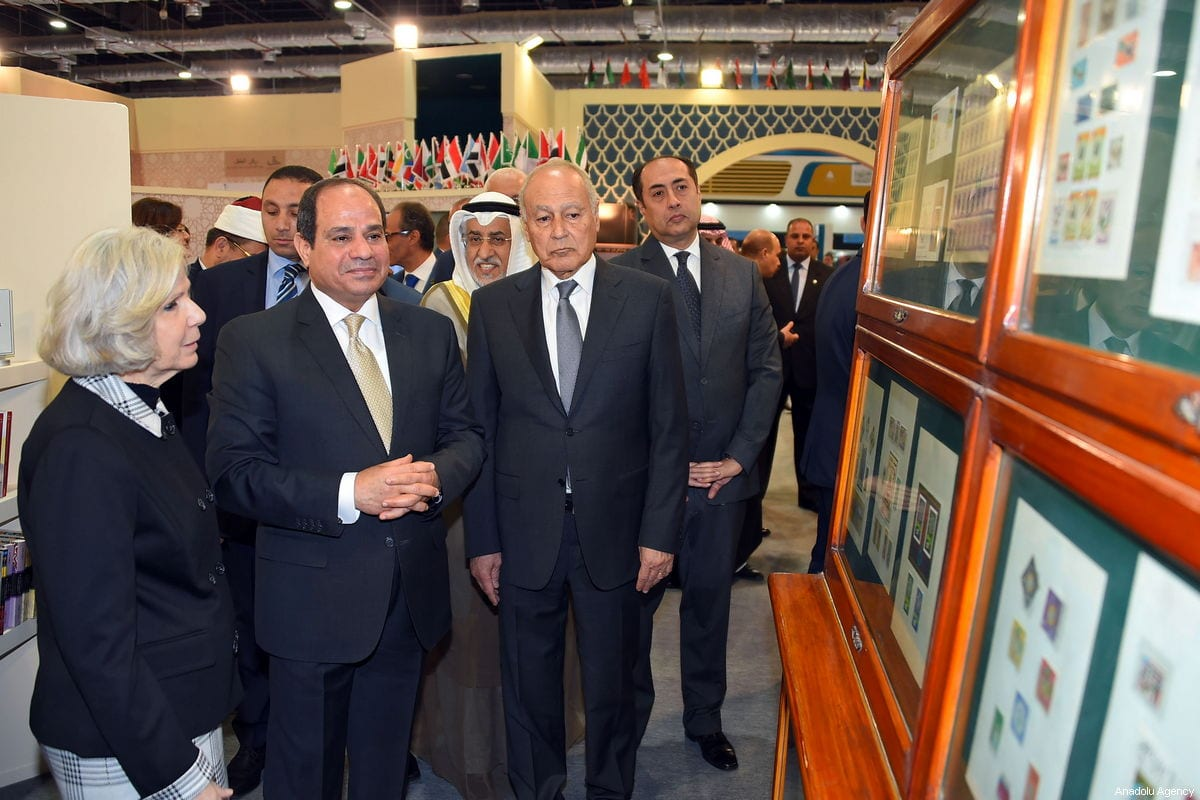 President of Egypt, Abdel Fattah al-Sisi (2nd L) attends the 50th Cairo International Book Fair in Cairo, Egypt on January 22, 2019 [Ahmed Al Sayed / Anadolu Agency]