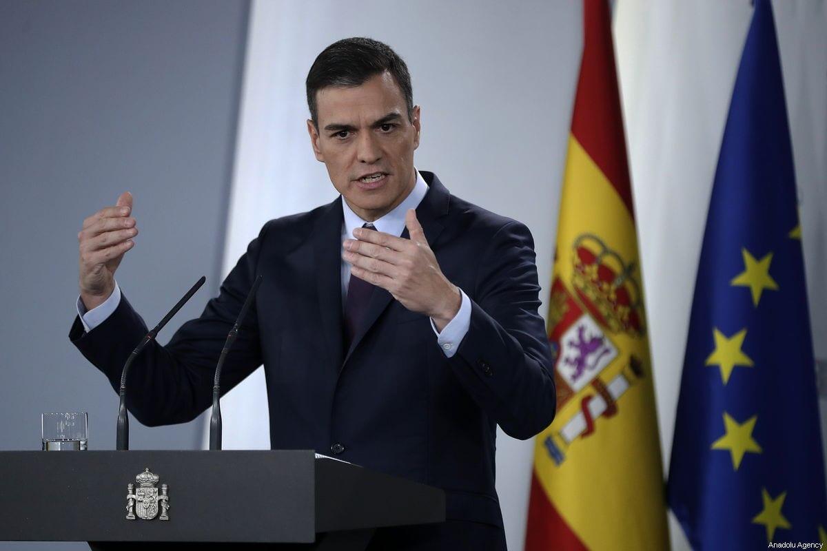 Prime Minister of Spain Pedro Sanchez speaks during a press conference in Madrid, Spain on 15 February 2019 [Burak Akbulut/Anadolu Agency]