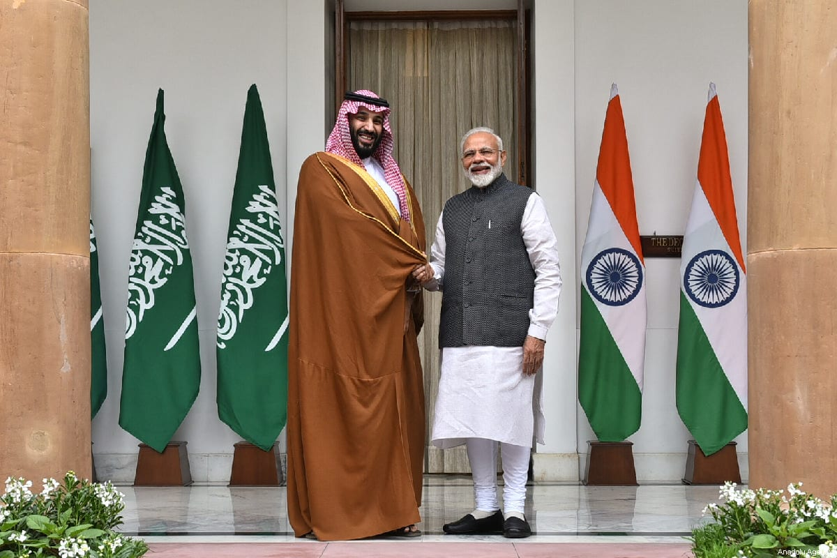 Crown Prince of Saudi Arabia Mohammad bin Salman (L) is welcomed Indian Prime Minister Narendra Modi (R) with an official welcoming ceremony at presidential palace in New Delhi, India on February 20, 2019 [Indian Foreign Ministry/Handout/Anadolu Agency]