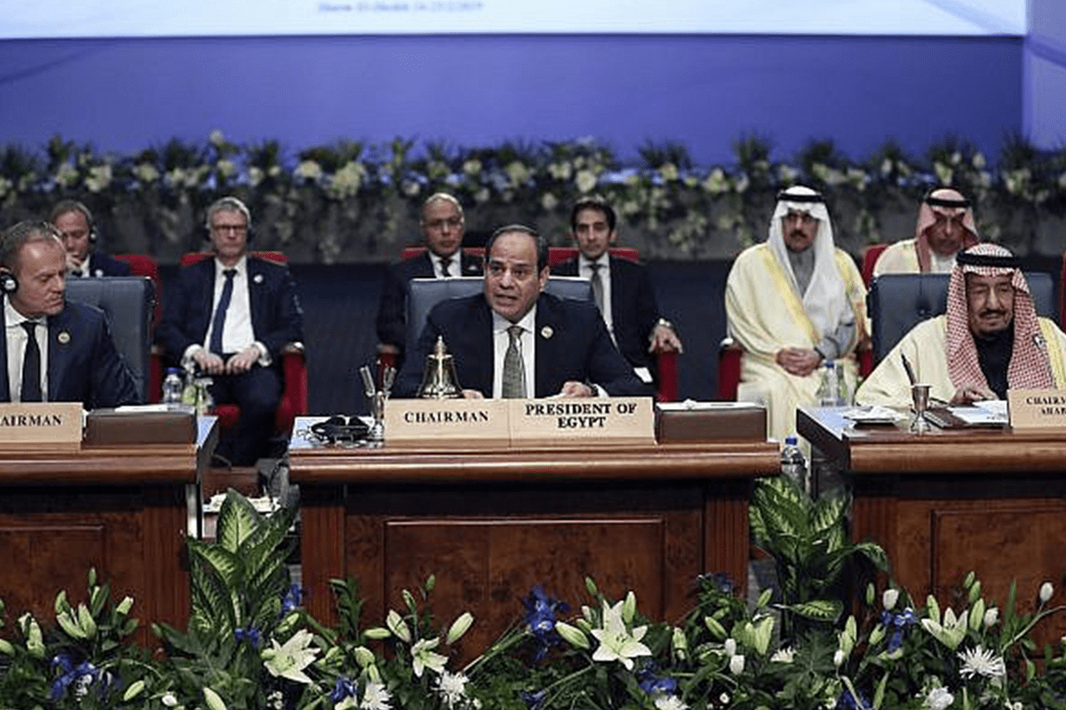Egypt's President Abdel-Fattah El-Sisi, center, chairs at a summit between Arab and European states on 25 February, 2019 [Twitter]