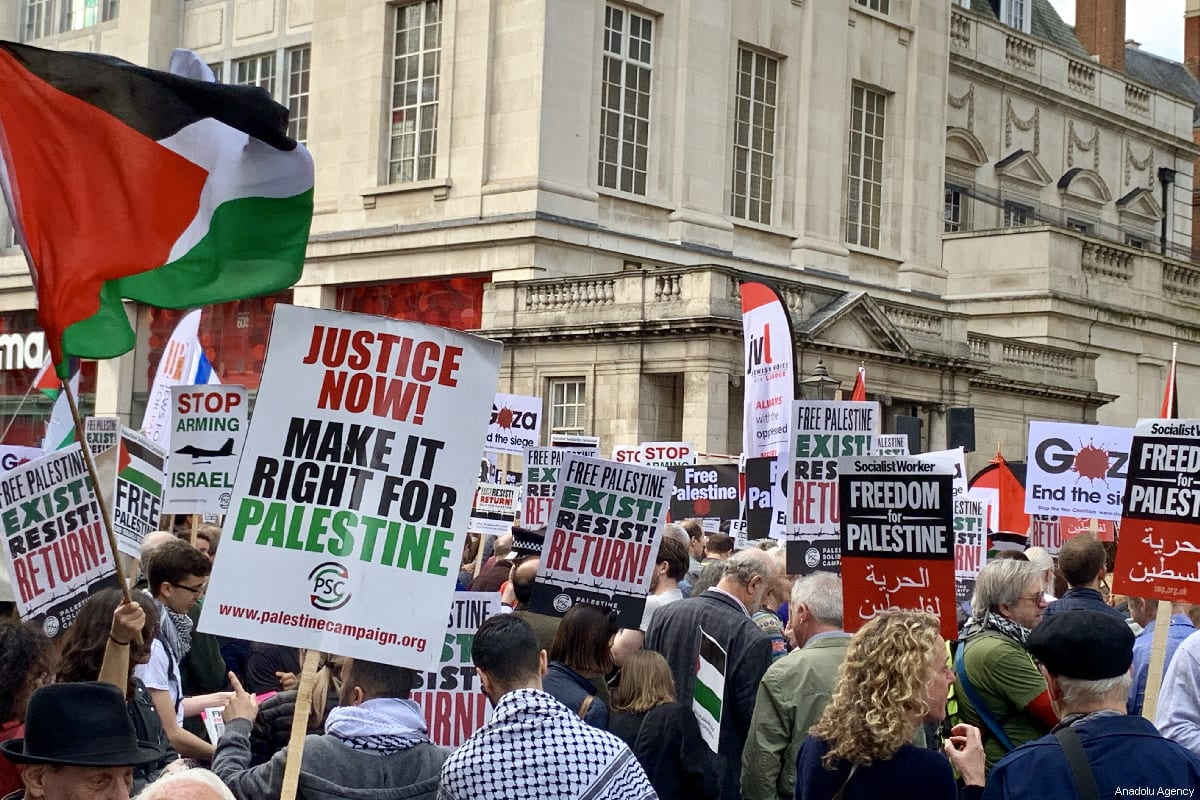 "Hundreds of protesters gather in front of the Israeli Embassy in central London in solidarity with Palestinian people who are holding large ""Great March of Return"" and ""Palestinian Land Day"" rallies across Gaza border, in London, United Kingdom on March 30, 2019 [Hasan Esen / Anadolu Agency]"