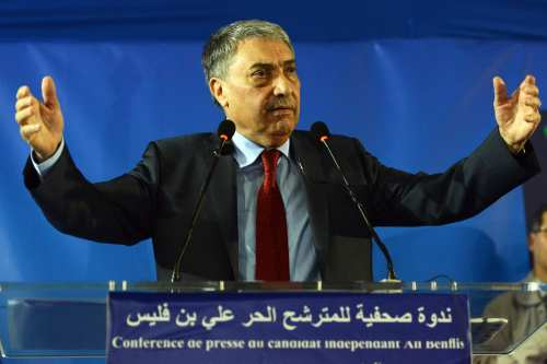 Algerian opposition leader Ali Benflis at a press conference in Algiers, Algeria on 18 April 2014 [AFP PHOTO/FAROUK BATICHE/Getty]