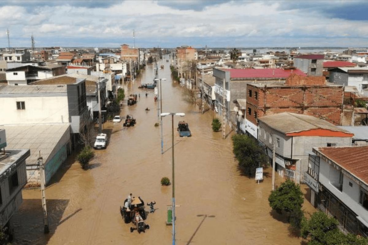 Torrential floods in Iran's Shiraz [Anadolu Agency]