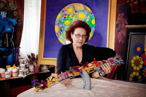 Palestinian artist Laila Shawa