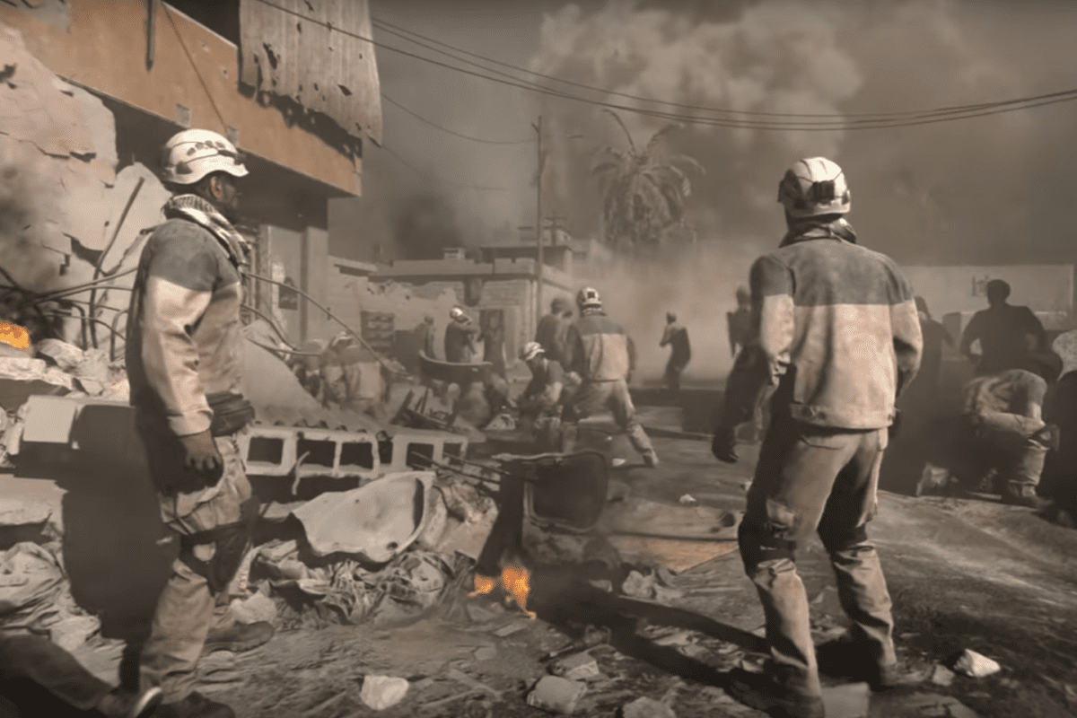Syria's White Helmets seen in a scene of the reveal trailer for Call of Duty: Modern Warfare, released on May 30, 2019 [screengrab]