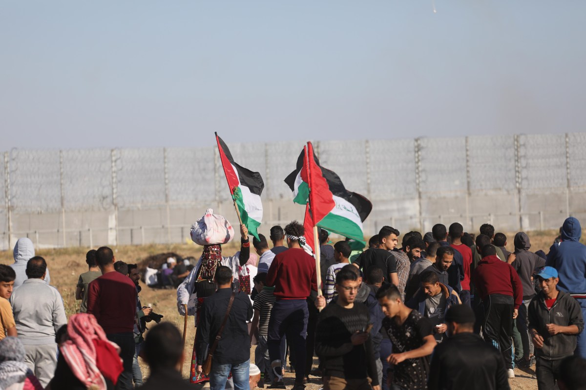 Protesters 'united against deal of the century' in Gaza on 10 May 2019 [Mohammed Asad/Middle East Monitor]