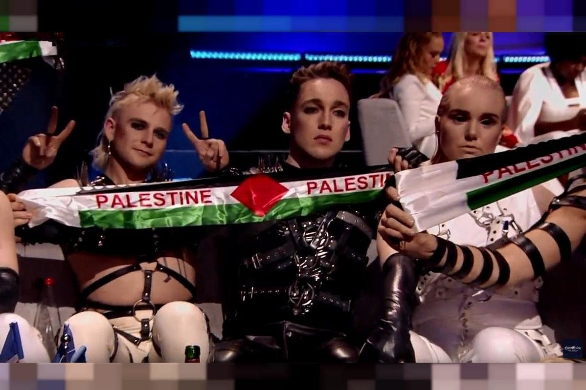 Icelandic band Hatari holds up a Palestinian flag sign at Euorvision 2019 in Tel Aviv, during the announcing of results, on May 18, 2019 [twitter]