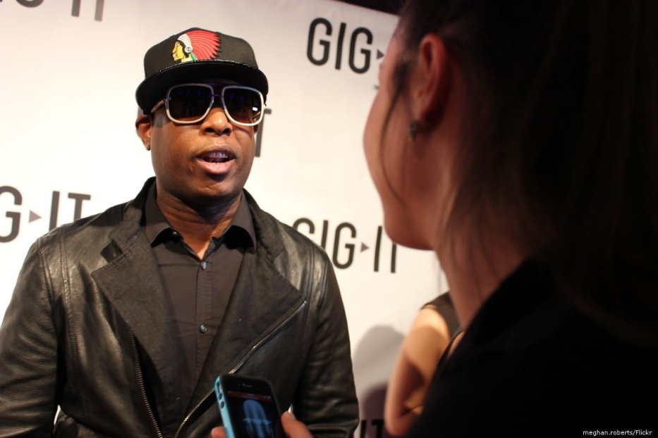American hip hop singer Talib Kweli on 29 April 2012 [meghan.roberts/Flickr]