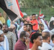 Sudan: Legal advisor calls for return of internet ban