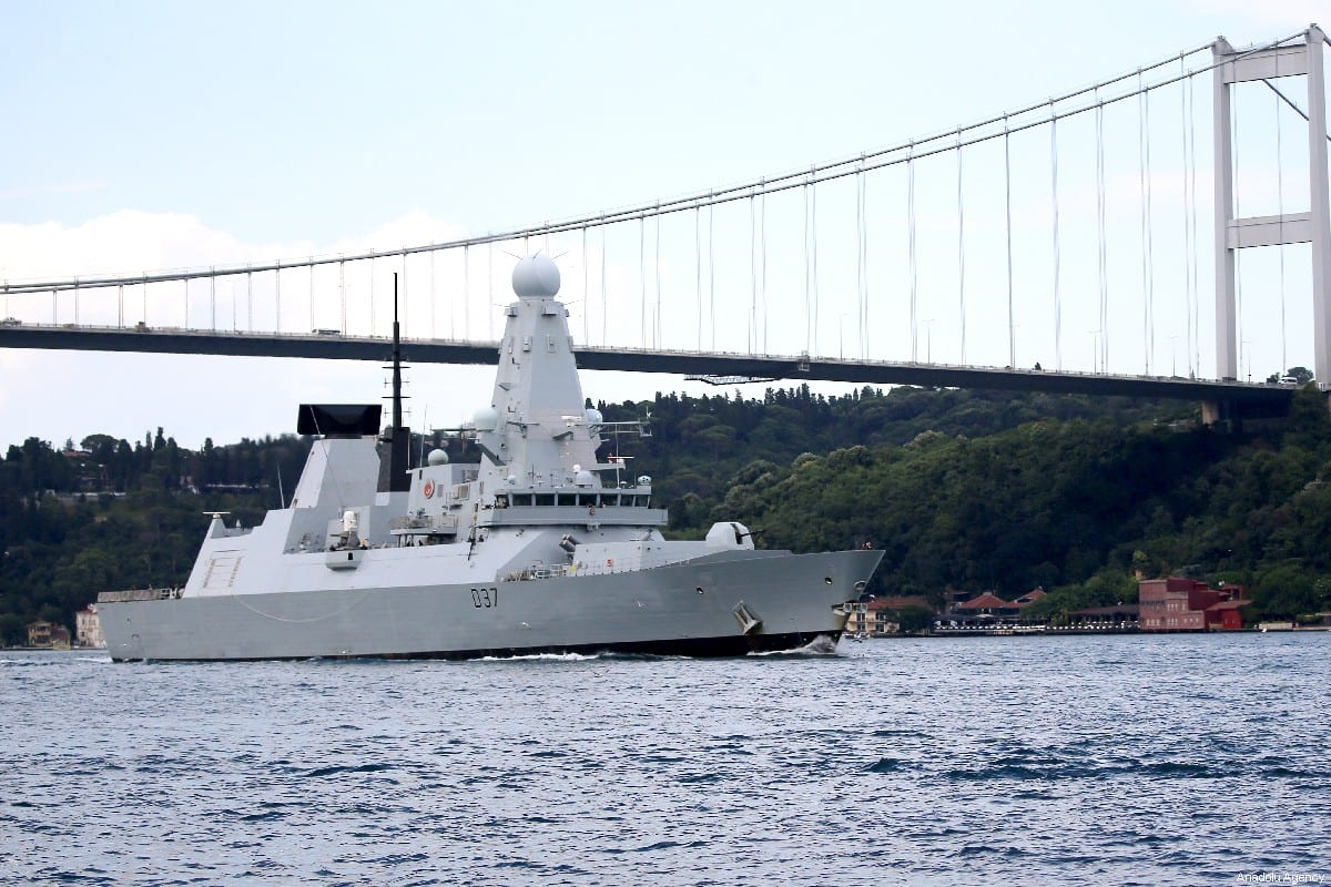 Warship belonging to British Navy, allegedly sent to the Strait of Hormuz is seen passing through the Bosphorus in Istanbul, Turkey on July 12, 2019. [Mehmet Eser/Anadolu Agency]