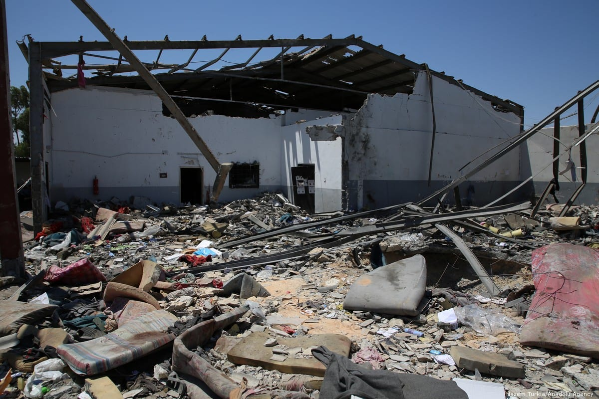 A view of the migrant shelter targeted by Haftar's forces in Tripoli, Libya on 3 July 2019 [Hazem Turkia/Anadolu Agency]