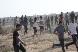 At least 74 Palestinians were injured by Israeli forces, while participating in the 66th consecutive protest of the March of Return at the Gaza-Israel barrier on July 12, 2019 [Mohammed Asad/Middle East Monitor]