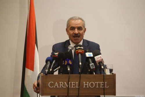 Palestinian Prime Minister Mohammed Shtayyeh speaks to press in Ramallah, West Bank on 30 July 2019 [Issam Rimawi/Anadolu Agency]