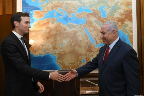 Israeli Prime Minister Benjamin Netanyahu (R) shakes hands with US President Donald Trump's senior White House adviser and his son-in-law Jared Kushner (L) prior to their meeting at the Prime Minister's Office in Western Jerusalem on 31 July 2019. [Kobi Gideon / GPO / Handout - Anadolu Agency]