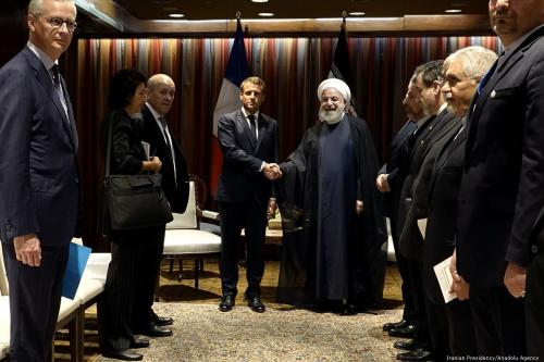 Iranian President Hassan Rouhani (5th R) meets with French President Emmanuel Macron (4th L) in New York, United States on 24 September 2019. [Iranian Presidency / Handout - Anadolu Agency]