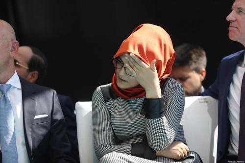 The fiancee of murdered Saudi Arabian journalist Jamal Khashoggi, Hatice Cengiz attends a commemoration ceremony held in front of Saudi consulate on the first anniversary of his murder, in Istanbul, Turkey on October 02, 2019 [Arif Hüdaverdi Yaman / Anadolu Agency]