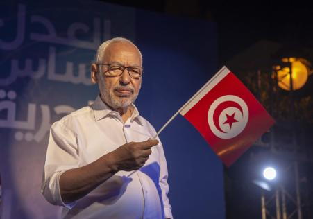 Leader of Nahda Movement Rachid al-Ghannouchi is seen during a gathering within Nahda Movement's election campaign at Habib Burgiba Street ahead of Tunisia's presidential election in Tunis, Tunisia on 4 October 2019. [Yassine Gaidi - Anadolu Agency]