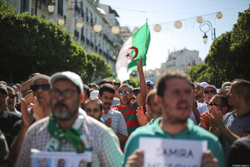 Algerians stage a demonstration demanding regime officials -- who continue to work after former President Abdelaziz Bouteflika resigned -- to step down, in Algiers, Algeria on 4 October 2019. [Mustafa Hassona - Anadolu Agency]